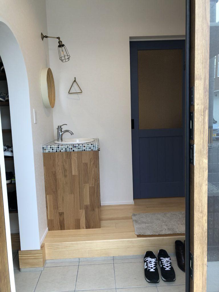 玄関洗面台