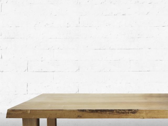 無垢のテーブルのコーティングについて