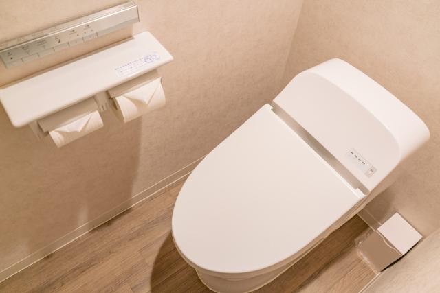 トイレのサニタリーBOXは清潔ですか?