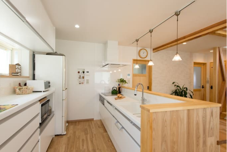 冷蔵庫とキッチンの通路幅の例