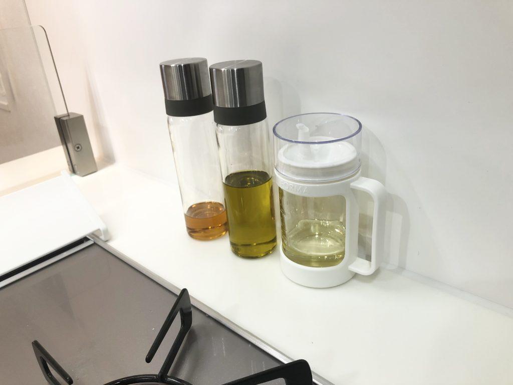 詰め替えてある食用油